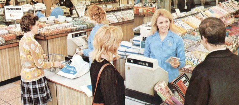 A cash wrap point on the ground salesfloor at the relocated Basingstoke, Hampshire, UK Woolworth store, which opened in February 1971.